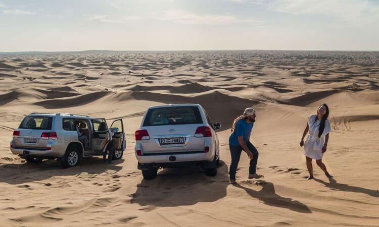 Desert safari Dubai bus pick